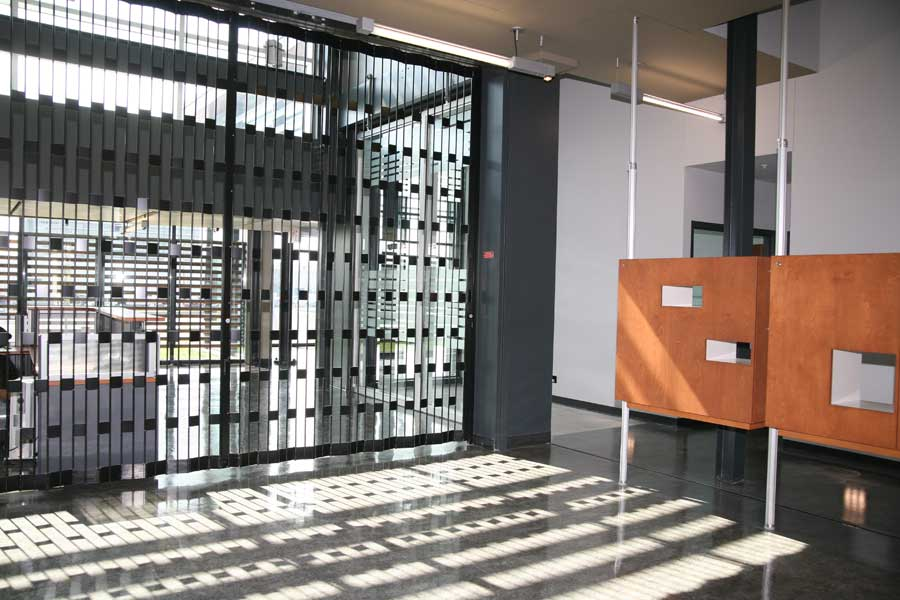 Mobilflex inc applications mall doors airport